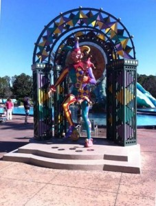 Pool Mardi Gras Statue Disney's Port Orleans French Quarter