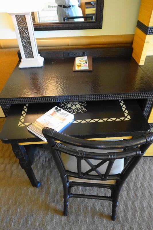 Desk Disney's Polynesian Village Resort from yourfirstvisit.net