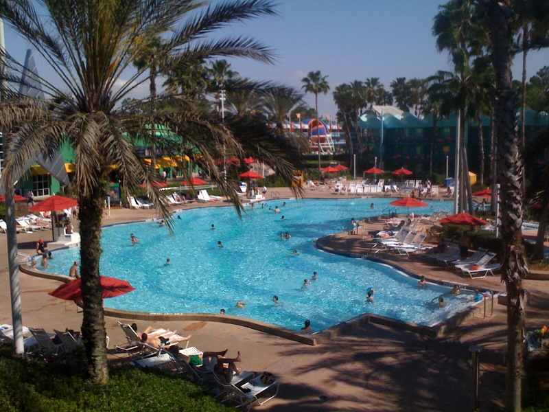 Review disney 39 s all star sports resort for Sport pools pictures