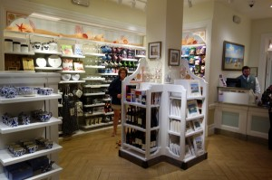 Shop Disney's Grand Floridian Resort from yourfirstvisit.net (2)