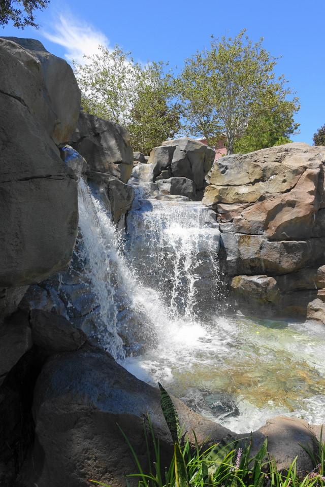 high-rock-springs-pool-disneys-saratoga-springs-resort-from-yourfirstvisit-net-2