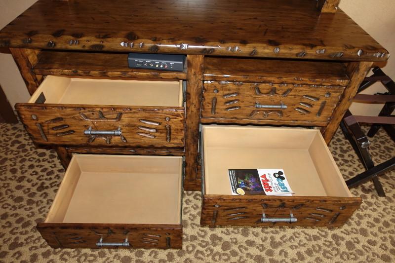 dresser-storage-kidani-village-master-bedroom-from-yourfirstvisit-net