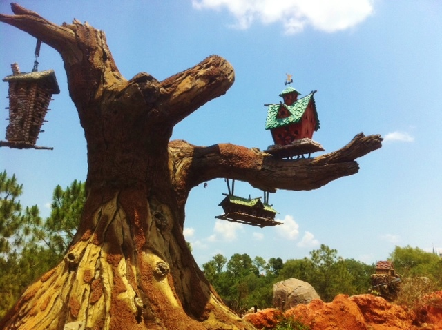 Splash Mountain at the Magic Kingdom  from yourfirstvisit.net
