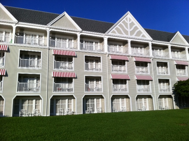 The Facade of Disney's Yacht Club Resort from yourfirstvisit.net