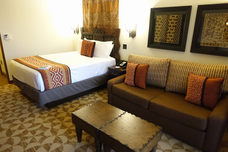 bed-side-from-back-disneys-kidani-village-refurbed-studio-from-yourfirstvisit-net