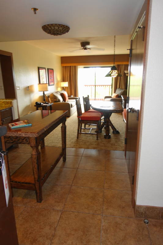 Photo Tour One Bedroom Villa Living Kitchen Dining Space Disney 39 S Animal Kingdom Villas Jambo