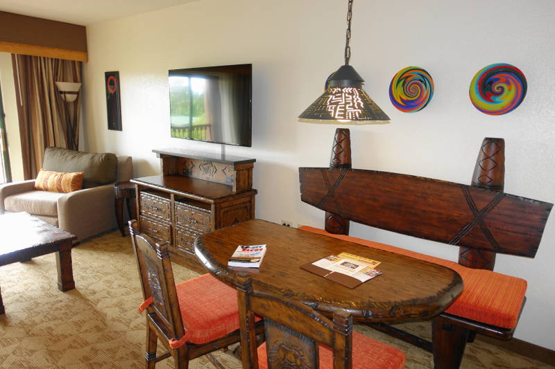 Accommodations And Theming At Disney 39 S Animal Kingdom Villas Jambo House