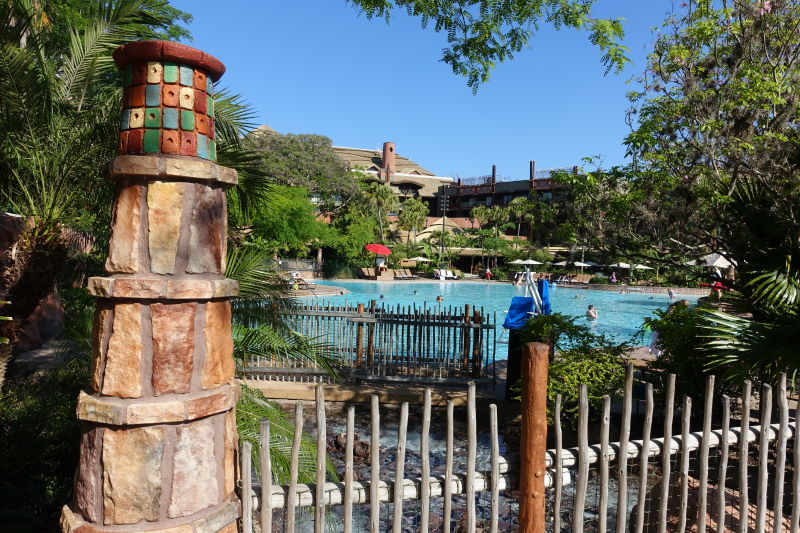 Uzima Pool at Disney's Animal Kingdom Lodge from yourfirstvisit.net (2)