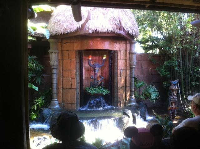 Review: Walt Disney\'s Enchanted Tiki Room at the Magic Kingdom ...