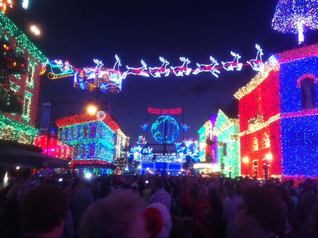 review the osborne family spectacle of dancing lights - Hollywood Studios Christmas Lights