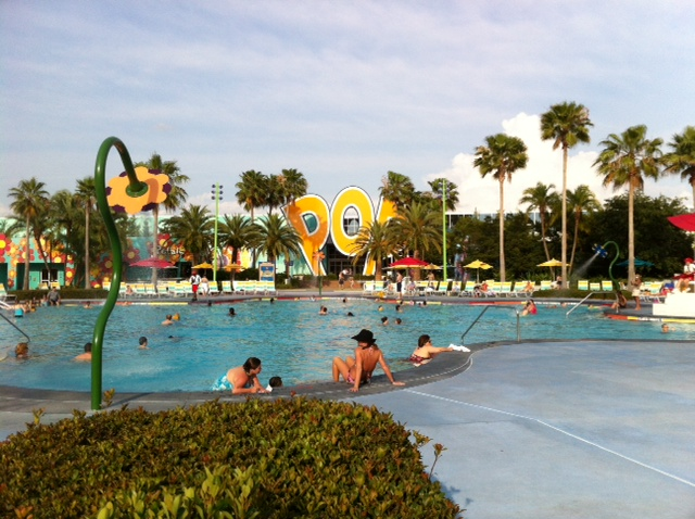 Review: Disney\'s Pop Century Resort - yourfirstvisit.net