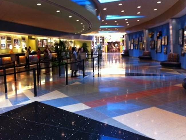 Review Disney S Pop Century Resort Page 3