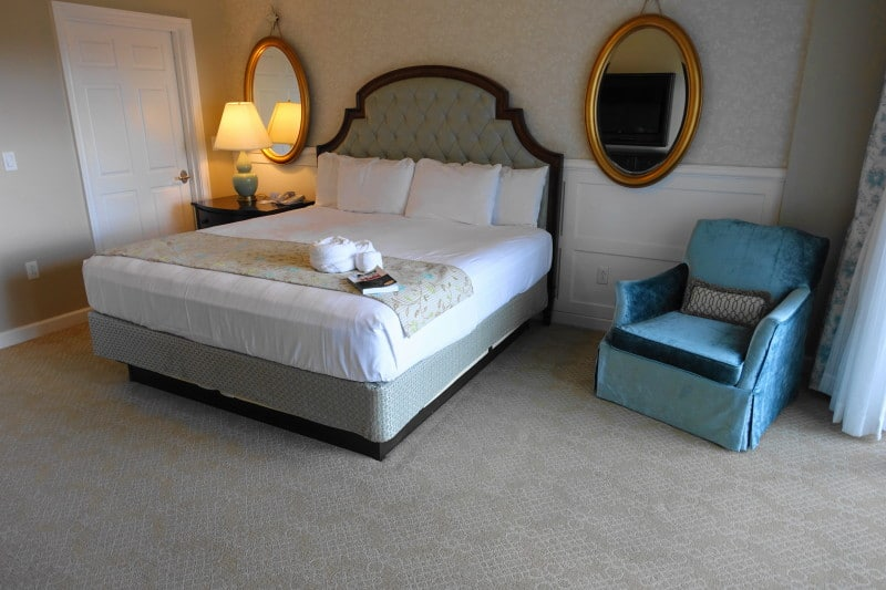 Grand Floridian 1 Bedroom Villa Floor Plan: The Master Bedroom And Bath At The Villas At Disney's