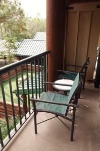 Balcony Disney's Wilderness Lodge from yourfirstvisit.net