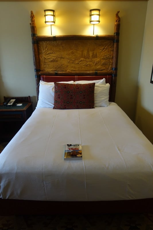Photo Tour Of A Standard Room At Disney S Wilderness Lodge