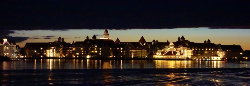 Disney's Grand Floridian Resort in the Evening from yourfirstvisit.net