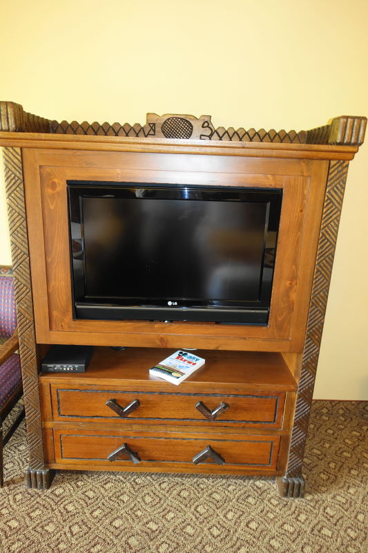 TV Dresser Disney's Animal Kingdom Lodge from yourfirstvisit.net