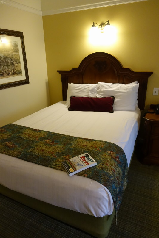 bed-detial-saratoga-springs-studio-from-yourfirstvisit-net