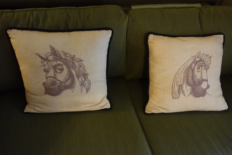 couch-details-saratoga-springs-studio-from-yourfirstvisit-net
