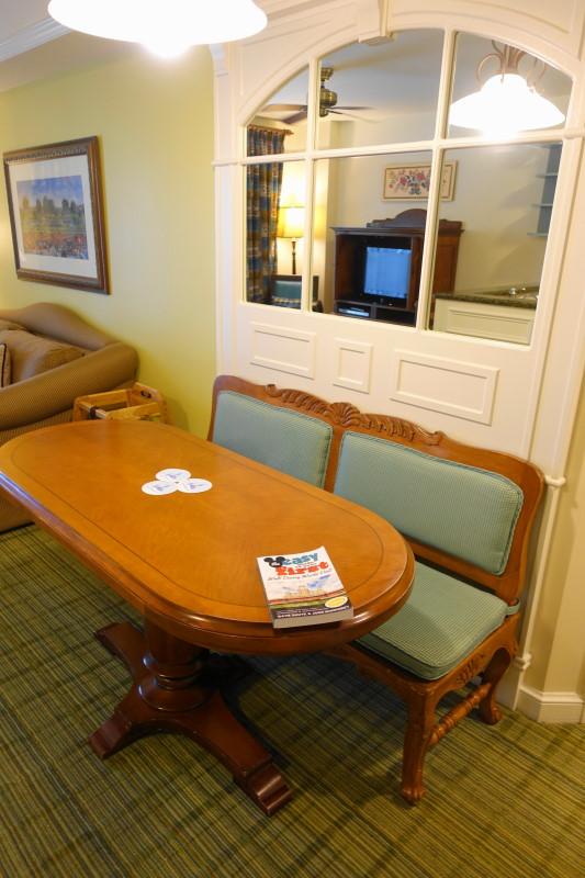 dining-table-villa-disneys-saratoga-springs-resort-from-yourfirstvisit-net