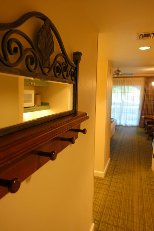 entry-saratoga-springs-studio-from-yourfirstvisit-net