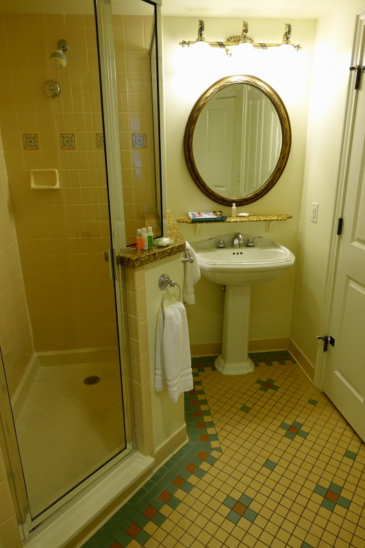 shower-villa-disneys-saratoga-springs-resort-from-yourfirstvisit-net