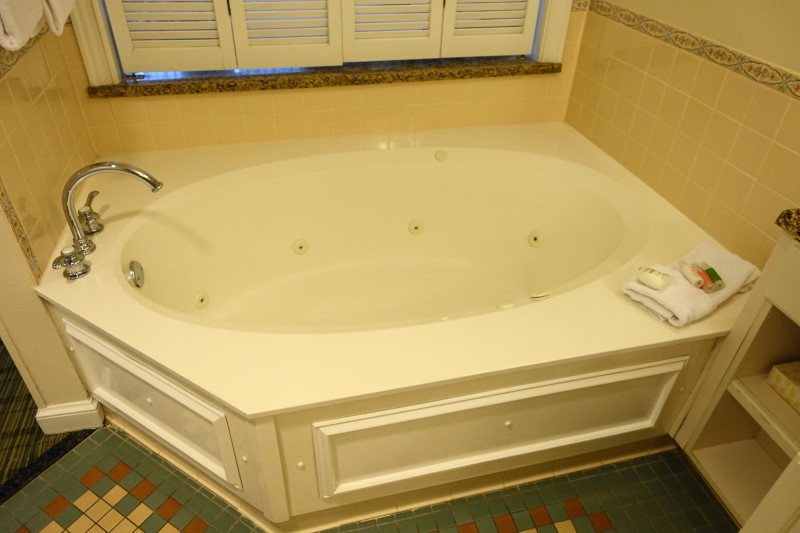 spa-bath-villa-disneys-saratoga-springs-resort-from-yourfirstvisit-net