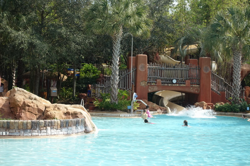 slide-samawati-springs-pool-at-kidani-village-from-yourfirstvisit-net-2