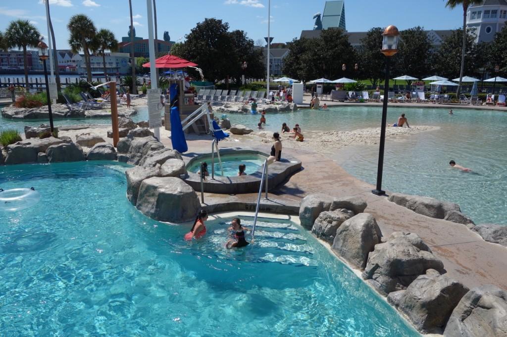 Hot Tub Disney's Beach Club Resort from yourfirstvisit.net