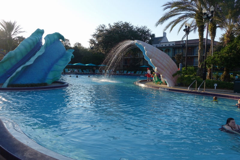 pool-disneys-port-orleans-french-quarter-resort-from-yourfirstvisit-net-4