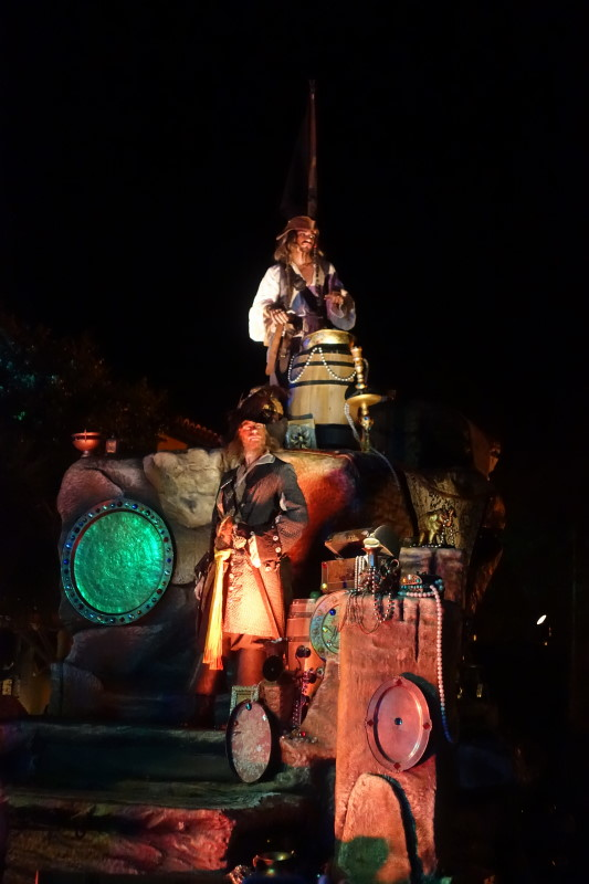 Mickey's Not-So-Scary Halloween Party (MNSSHP) from yourfirstvisit.ne (7)