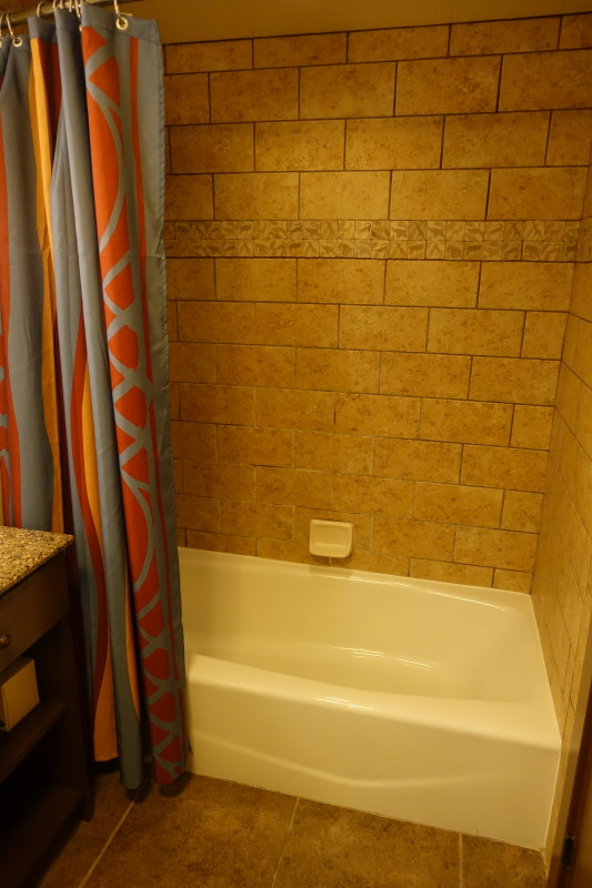 tub-disneys-kidani-village-refurbed-studio-from-yourfirstvisit-net