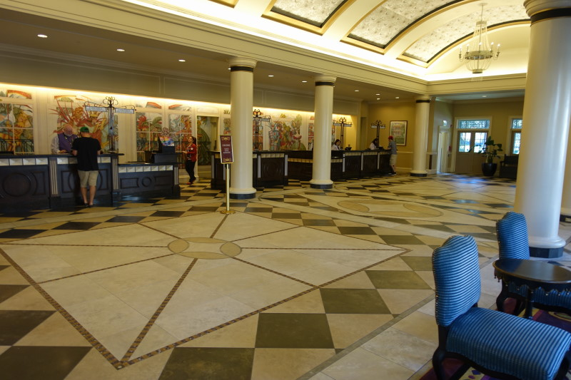 lobby-port-orleans-french-quarter-from-yourfirstvisit-net