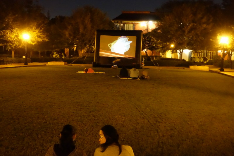 outdoor-movies-disneys-port-orleans-french-quarter-resort-from-yourfirstvisit-net