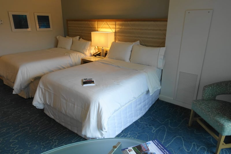 Photo Tour Of A Standard Room At The Disney World Dolphin