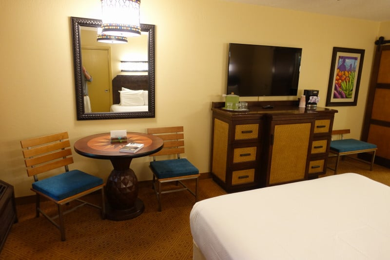 Four Person Queen Rooms At Disney S Caribbean Beach Resort