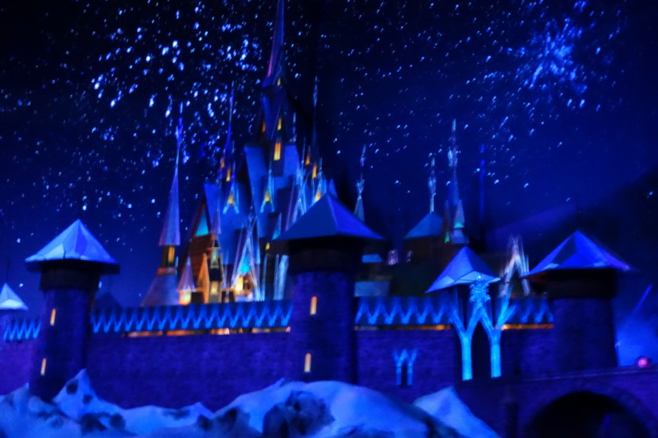 Frozen Ever After from yourfirstvisit.net (5)