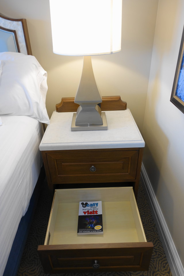 bedside-storage-master-bedroom-disneys-beach-club-villas-from-yourfirstvisit-net