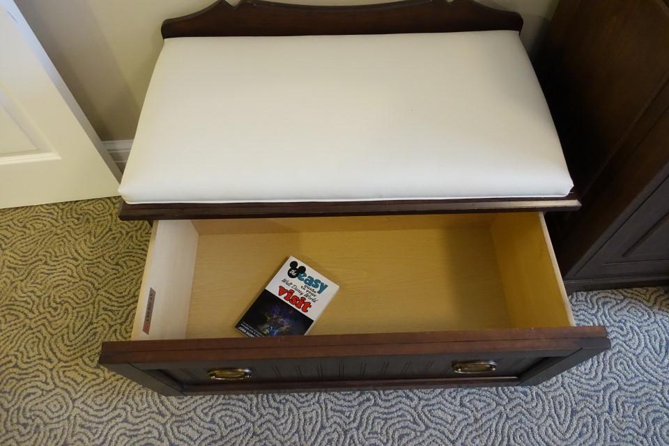 bench-storage-master-bedroom-disneys-beach-club-villas-from-yourfirstvisit-net