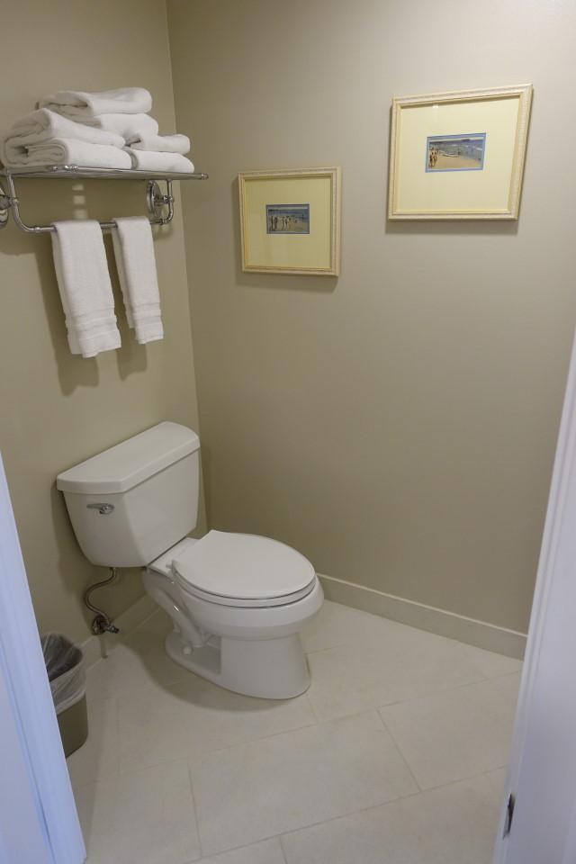 toilet-disneys-beach-club-villas-from-yourfirstvisit-net